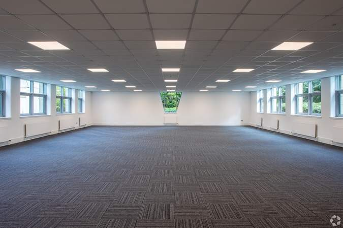 Ground Floor - Bermuda House, Castle Business Park, Stirling - Office for rent - 10,000 to 20,496 sq ft