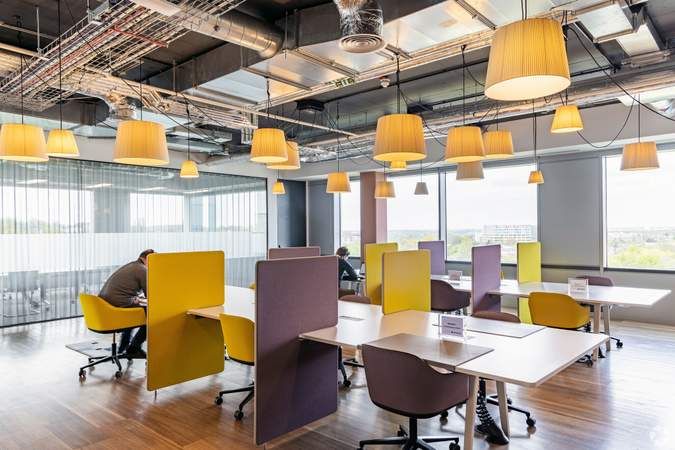 Lobby - First Central 200, London - Co-working space for rent - 50 to 22,991 sq ft