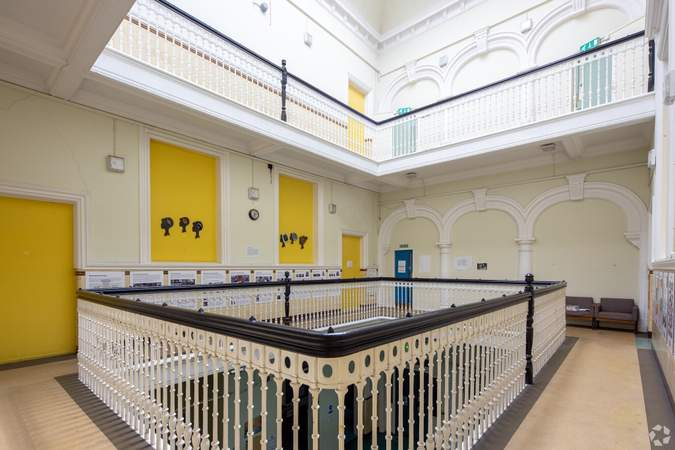 Interior Photo - Napiershall Street Centre, Glasgow - Office for sale - 21,410 sq ft