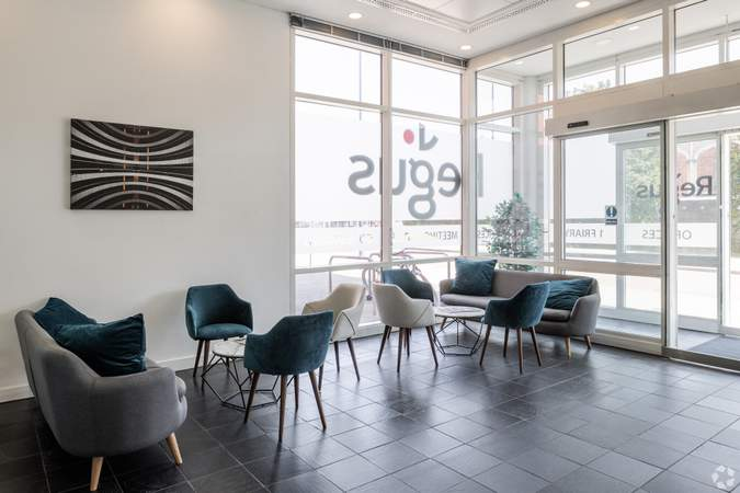 Reception with natural light - Regus House, Bristol - Serviced office for rent - 20,000 sq ft