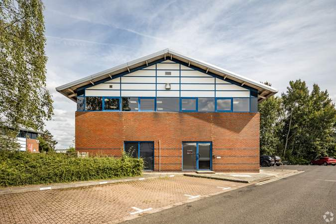 Side Parking - Quay Business Centre, Quay Business Centre, Warrington - Office for rent - 426 to 3,056 sq ft