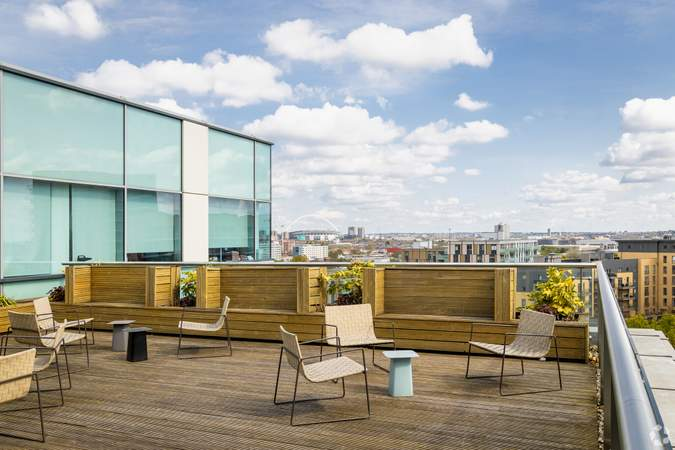 Rooftop Terrace - First Central 200, London - Co-working space for rent - 50 to 22,991 sq ft