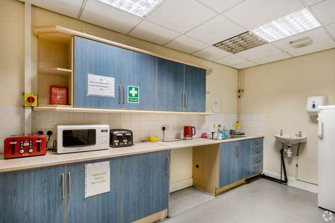 Kitchen - Victoria House, Widnes - Office for rent - 1,173 sq ft