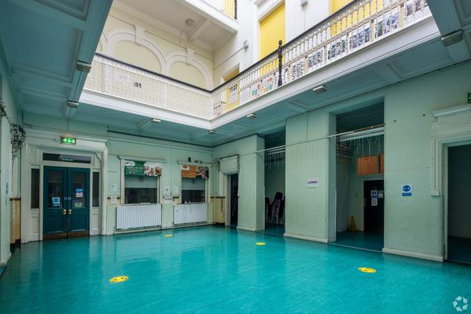 Lobby - Napiershall Street Centre, Glasgow - Office for sale - 21,410 sq ft