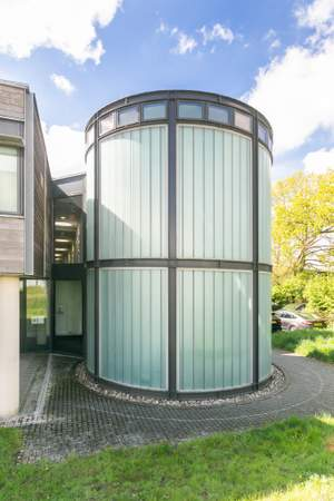 Lift Pod - Basepoint Business And Innovation Centre, Butterfield Technical Park, Luton - Co-working space for rent - 50 to 53,980 sq ft