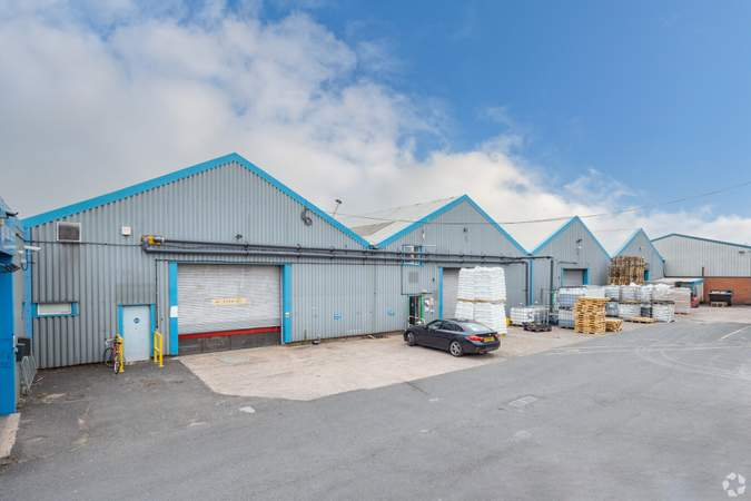 Building Photo - Stafford Court, Units 1-11, Wolverhampton - Industrial unit for rent - 5,000 to 7,600 sq ft