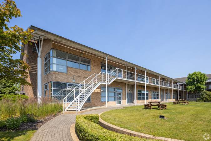 Primary Photo - The Quorum, Oxford - Serviced office for rent - 50 to 11,500 sq ft