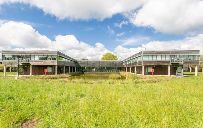Alternate Photo - Basepoint Business And Innovation Centre, Butterfield Technical Park, Luton - Co-working space for rent - 50 to 53,980 sq ft