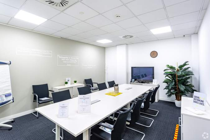 The Exmoor Meeting Room - The Senate, Exeter - Co-working space for rent - 50 to 14,530 sq ft