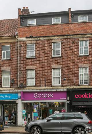 Primary photo of 149 High St, Ilford