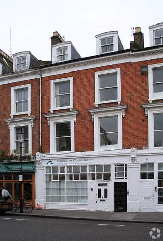 Primary photo of 7 Russell Gdns, London
