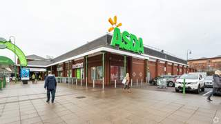Primary Photo of Cockhedge Shopping Centre
