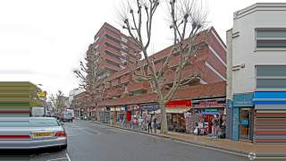 Primary Photo of 6-28B Queensway