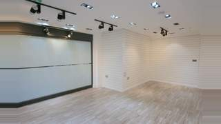Retail/Showroom Premises picture No. 6