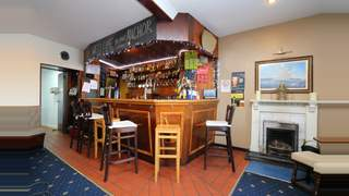 The Anchor Tavern 32  Marine Road Isle Of Bute PA20 0LL picture No. 2