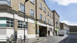7 Bath Place, EC2 picture No. 5