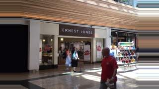 Primary Photo of Unit 19 High Street, Meadowhall Shopping Centre, SHEFFIELD, South Yorkshire, S9