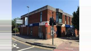 Primary Photo of 18 Bury Old Road, Manchester Greater Manchester, M8 9JN