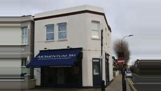 Primary Photo of 162 Munster Road, Fulham, London SW6 6AT