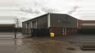 : Industrial Unit with Large Yard Primary Photo