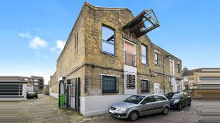 Primary Photo of Leswin Place, London, N16