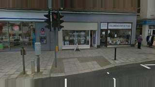 Primary Photo of 20 High Street, Walton On The Naze Essex CO14 8BH