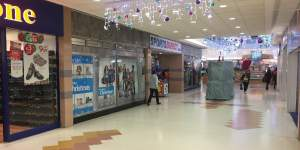 Primary Photo of Unit 12-14, West Mall, Grays Shopping Centre, Grays, THURROCK