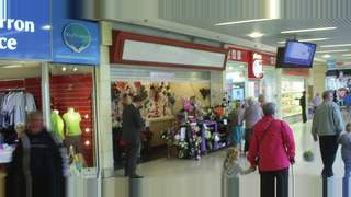 Primary Photo of Unit 24, Howgate Shopping Centre, Falkirk, FK1 1HG