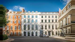 Primary Photo of 5 St James Square, London