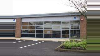 Primary Photo of 885 Plymouth Road, Slough, SL1 4LP