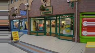 Primary Photo of Unit 7b, Bear Lanes Shopping Centre, Newtown, Powys, SY16