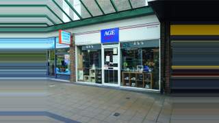Primary Photo of Unit 27, Totton Shopping Centre, Commercial Road, Totton, Southampton, Hampshire, SO40 3BX