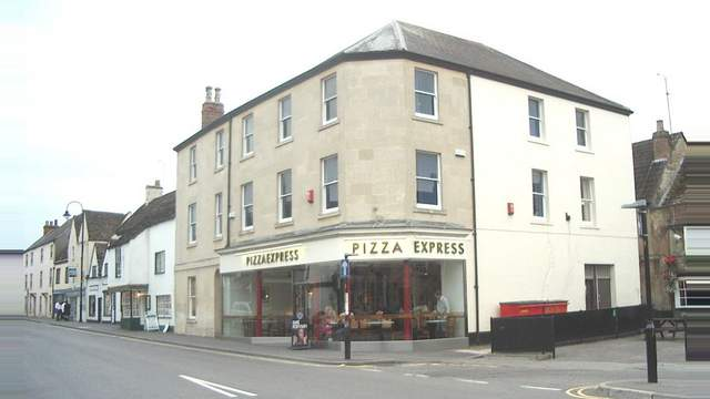 2324 Market Place Chippenham Sn15 3hw Office To Let