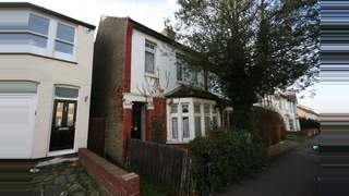 Primary Photo of Gainsborough Dr, Southend-on-Sea, Westcliff-on-Sea SS0