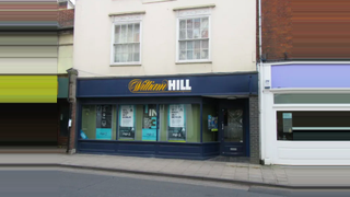Primary Photo of 24 High Street, Abingdon OX14 5AX
