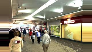 Primary Photo of Unit 4 Station Mall, Basingstoke - UNDER OFFER, RG21 7FH