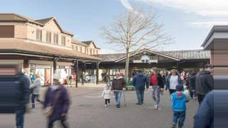 Primary Photo of Unit 3/4, Forest Shopping Centre, BORDON