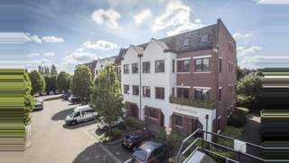 Primary Photo of 3rd Floor 3-4 Twyford Place, Lincolns Inn Office Village, Lincoln Road, High Wycombe, HP12 3RH