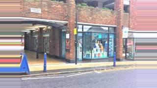 Primary Photo of 25 High St Albans AL3 4EH
