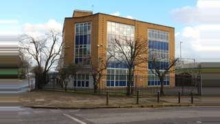 Primary Photo of First Floor, Meadow View Court, 215 Cardiff Road, Reading, Berkshire, RG1 8HX
