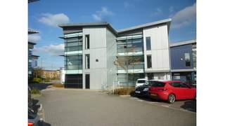 Primary Photo of High Quality Business Park Setting, 13 Gateway 1000, Stevenage