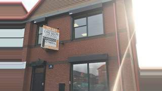 Primary Photo of 35 Sandpiper Quay, Modwen Road, Salford Quays, M5 3EZ