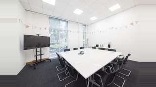 Primary Photo of Regus, 54 Clarendon Road, Watford WD17 1DU