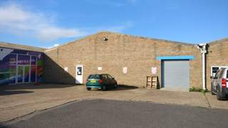 Primary Photo of 15 Maple Road, Eastbourne, East Sussex, BN23 6NY