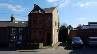 Primary Photo of And Garage At, 29 Farley Hill, Luton, Bedfordshire, LU1 5EE