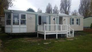 Primary Photo of Beacon Hill Leisure Park, St Lawrence Bay, Southminster, Essex, CM0 7LY