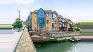 Primary Photo of 4, Canal Court, 155 High Street, Brentford, TW8 8JA