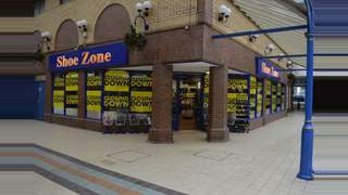 Primary Photo of Unit 10, Bear Lanes Shopping Centre, Newtown, Powys, SY16