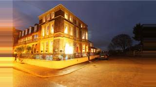 Primary Photo of Willow Tree Lodge, 13 Sandown Road, Great Yarmouth, Norfolk, NR30 1EY