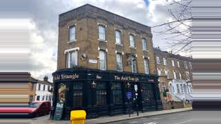 Primary Photo of The Auld Triangle, 52 St Thomas's Road, London, N4 2QW
